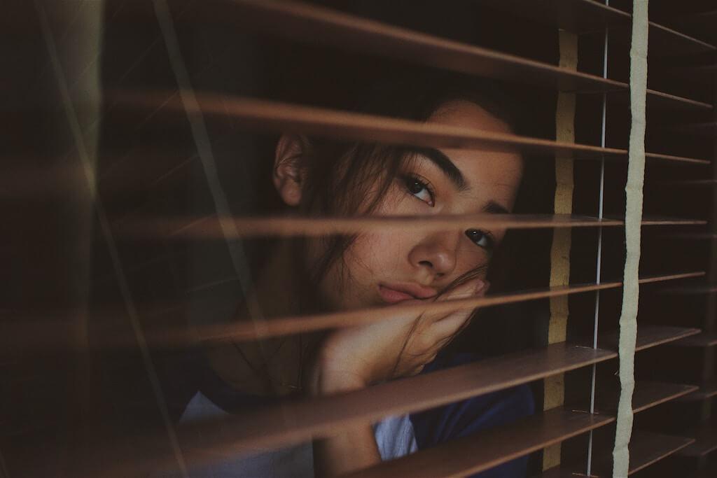 何でもっと私を見てくれないの?その嫉妬は実は自己否定からきているの知ってる?